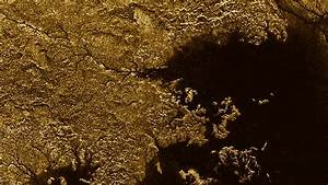 NASA identifies liquid methane on Saturn's moon canyons