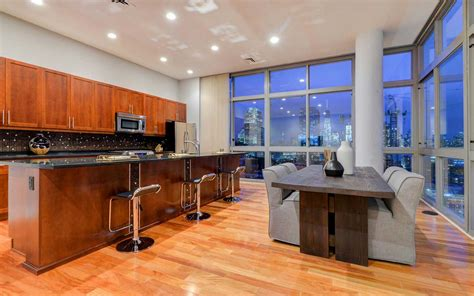 spectacular penthouse views the largest roof deck