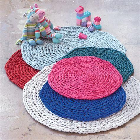 r 233 aliser un tapis au crochet