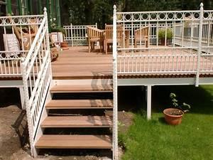 Stahl Holz Treppe : holzterrassen und holzfliesen ~ Markanthonyermac.com Haus und Dekorationen