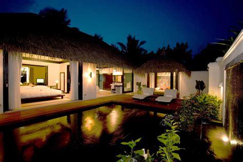 Beach House : Iruveli A Serene Beach House In Maldives
