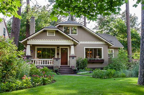 1920s Bungalow For Sale In Spokane Wa  Hooked On Houses