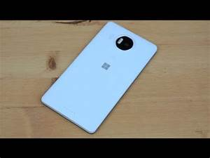 Microsoft Lumia 950 XL Review by Lisa Gade of ...