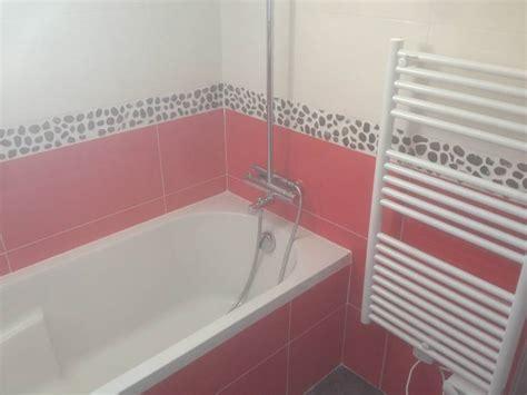pose carrelage salle de bain baignoire obasinc