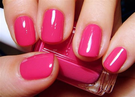 Essie Fiesta. Perfect For February Toes.
