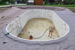 Kosten Für Pool : schwimmbecken selber machen schwimmbecken selber machenpool selber bauen pool selber bauen ~ Markanthonyermac.com Haus und Dekorationen