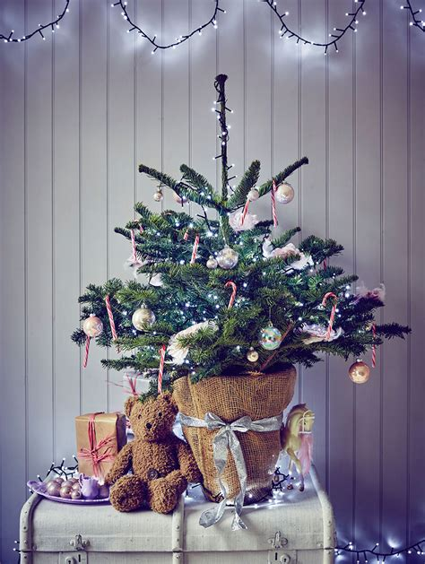 5 Beautiful Christmas Decorating Ideas  Real Homes