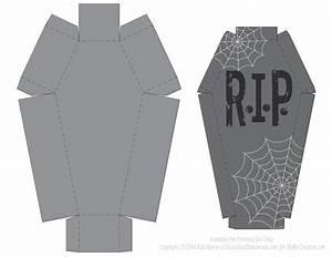 Deko Sarg Halloween : pin von crafty annabelle auf halloween printables 3 pinterest halloween deko halloween und deko ~ Markanthonyermac.com Haus und Dekorationen