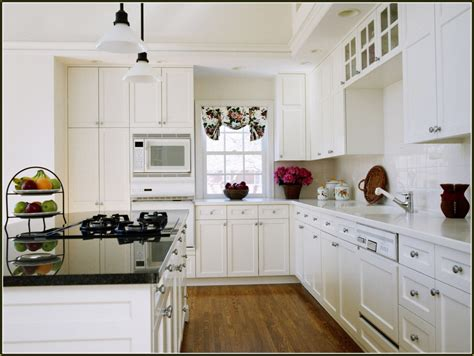 placement of kitchen cabinet knobs and pulls home design ideas