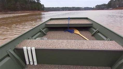 Lowe Jon Boat Vs Tracker by Evinrude 20hp On 1448 Jon Boat Youtube