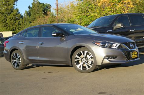 New 2018 Nissan Maxima Sv 4dr Car In Roseville #n45170
