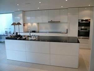 Weiße Hochglanz Küche Reinigen : pinterest ein katalog unendlich vieler ideen ~ Markanthonyermac.com Haus und Dekorationen