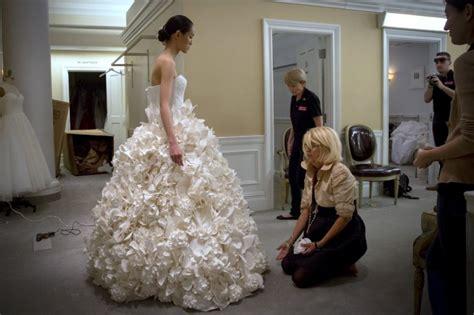 des robes de mari 233 es en papier toilette vous avez d 233 j 224 vu 231 a mariage