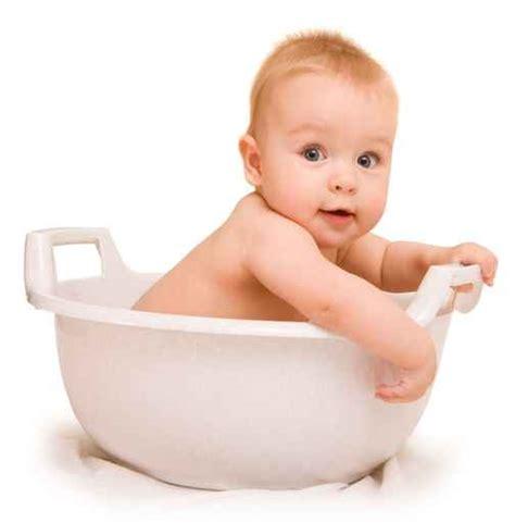 9 mois maternite bebe