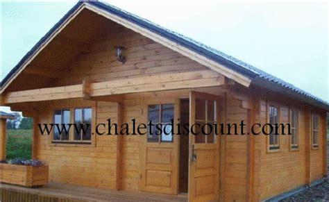 chalet en kit 34 m 178 vente de chalet en kit maison bois en kit