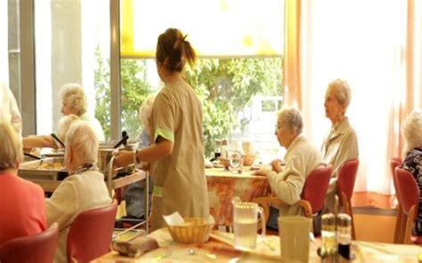auxiliaire de vie en maison de retraite ventana