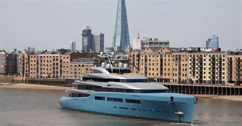 Yacht Boat London by Billionaire Spurs Owner Brings Bond Villain Superyacht
