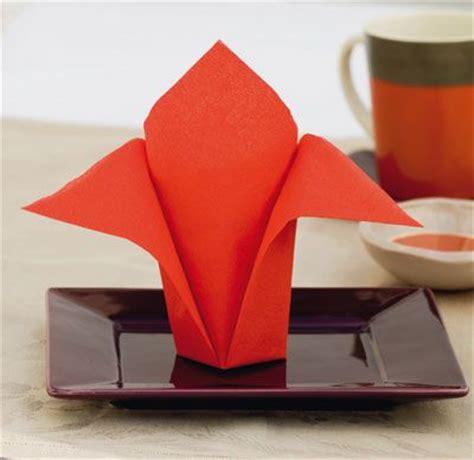 pliage de serviette avion en papier pliage de serviette loisirs cr 233 atifs d 233 coration de