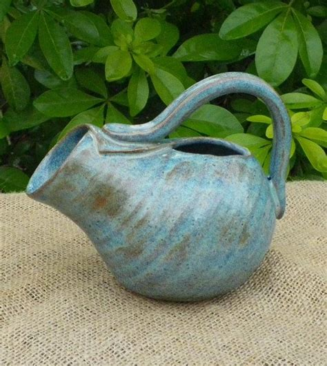 Pottery Gravy Boat Hand Thrown by 90 Best Teapots Images On Pinterest Ceramic Teapots