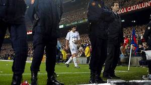 El Clasico moments: Luis Figo's return to the Nou Camp and ...