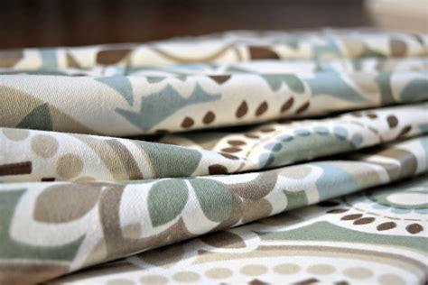 How Many Yards Of Fabric Do I Need For Curtain Panels