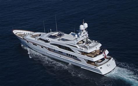 Yacht London by Yacht Qm Of London Benetti Yachts Charterworld Luxury