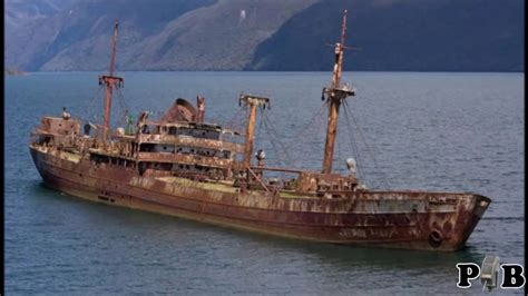 Schip Bermuda Driehoek by Bermuda Triangle Ship Reappears After Missing For 90
