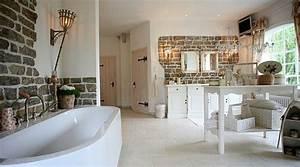 Foto Wohnen Und Garten : badezimmer im landhausstil landhausstyle mode wohnen garten shops ~ Markanthonyermac.com Haus und Dekorationen