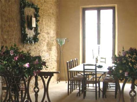proven 231 al detached house in saignon vaucluse south of availability and letting