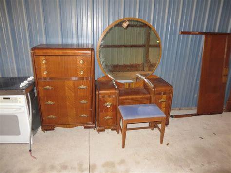 vintage deco waterfall bedroom set dresser vanity bench bed no reserve ebay