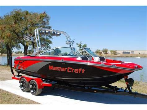 Wake Boat For Sale Victoria by Wakeboard Boats Ski Boats Mastercraft Wakesurfing Boats