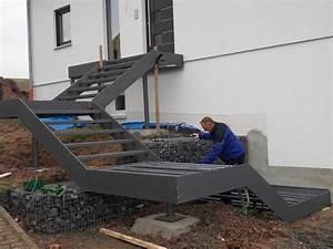 Treppe Hauseingang Bilder : 97 besten hauseingang bilder auf pinterest haus ideen schwebende treppe und verandas ~ Markanthonyermac.com Haus und Dekorationen
