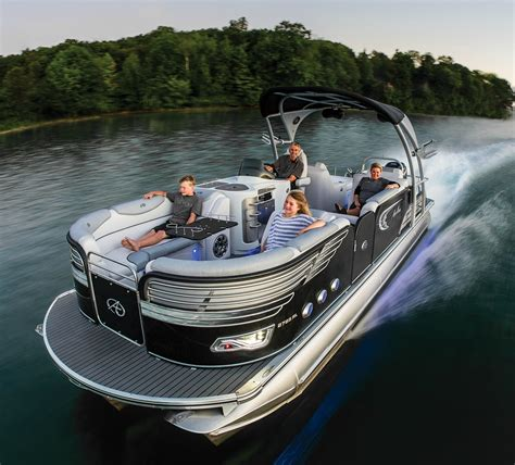 Best Pontoon Boats Under 25 Feet by Have A Look At These Top Avalon Pontoon Boat Reviews