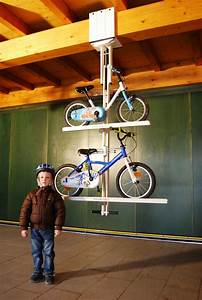 Flat Bike Lift : flat bike lift ingenious way to park your bicycle on the ceiling home design garden ~ Markanthonyermac.com Haus und Dekorationen