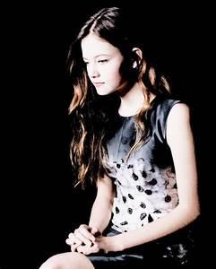 17 Best images about Mackenzie Foy on Pinterest | Twilight ...