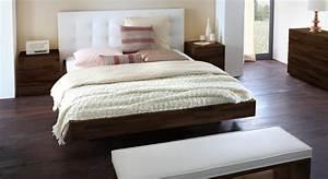 Bett Holz Dunkel : massivholzbett mit wandpaneel als hohes kopfteil bianco deluxe ~ Markanthonyermac.com Haus und Dekorationen