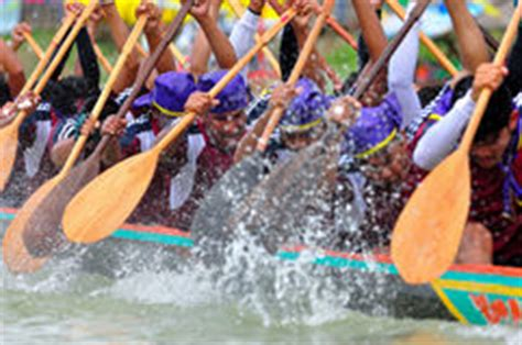 Dragon Boat Racing Vs Rowing by Rowing Team Race Stock Photo Image Of Rowing Flow
