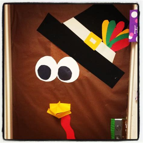 25 best ideas about thanksgiving classroom door on