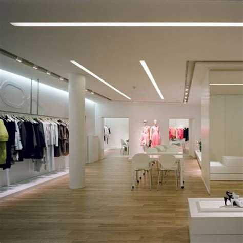 eclairage d un showroom d un magasin de pr 234 t 224 porter trato