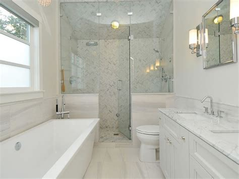 Master Bathroom Design Layout Ideas by 20 Small Master Bathroom Designs Decorating Ideas