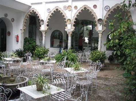 patio andaluz picture of hotel gonzalez cordoba