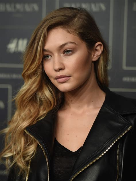 Lovely Ladies In Leather Gigi Hadid In A Leather Jacket
