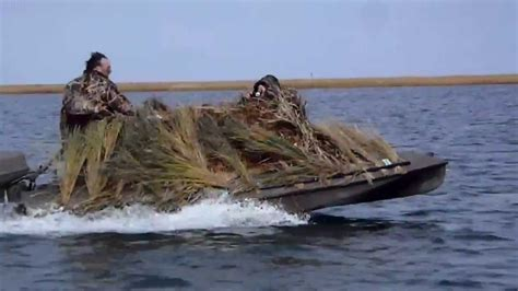 Duck Hunting Without Boat by Duck Boat Duck Boss Boats 15ft Duck Hunting Boat Youtube