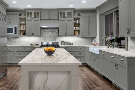 How To Choose A Backsplash And Counter
