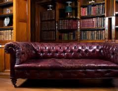 Couch Flecken Entfernen : ledercouch reinigen so entfernen sie die flecken ~ Markanthonyermac.com Haus und Dekorationen