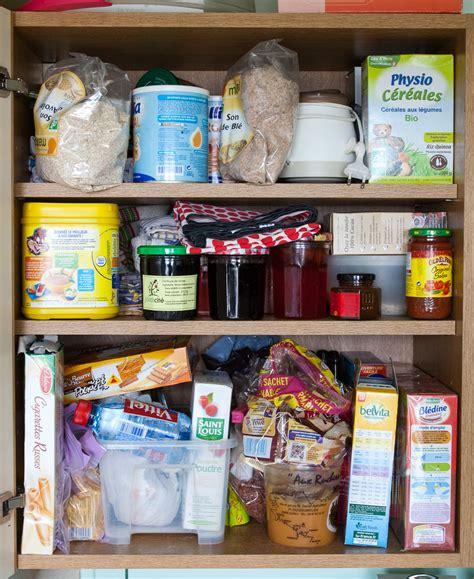 rangement placard nourriture