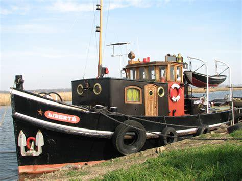 Sleepboot In Dutch by Dutch Tug Quot Libert 233 Quot 169 Evelyn Simak Cc By Sa 2 0