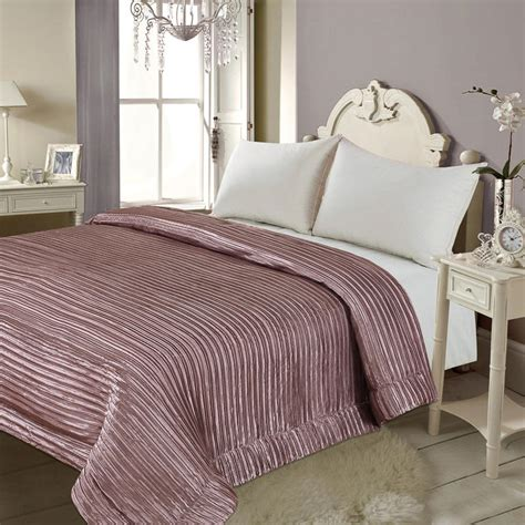 Mauve Bedding  28 Images  Helena Springfield Shelby
