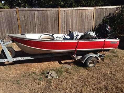 Used Boat Motors Victoria Bc by Boat With Two Motors 3200 Obo Saanich Victoria Mobile