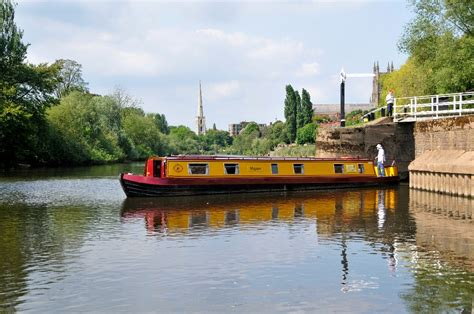 Holiday On A Boat Uk by Drifters Uk Canal Boat And Boating Holidays In England And